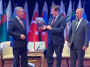 Türk Dünyası Mühendislik Mimarlık Ve Şehircilik Zirvesine